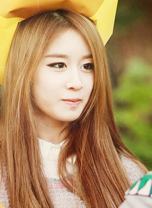 "Pretty Jiyeon 2012 ""Jjang!"" Picture"