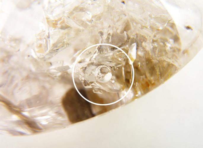 水入りジャカレー水晶 磨き石