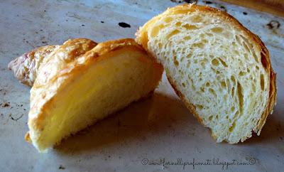 croissant con farina di kamut, lievito madre e olio extravergine d'oliva