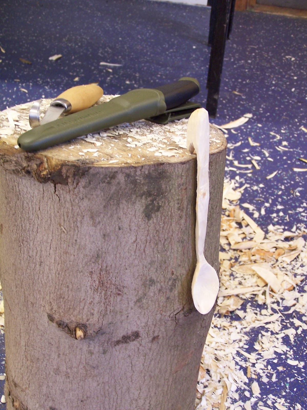 Woodsman crafts spoon carving course march