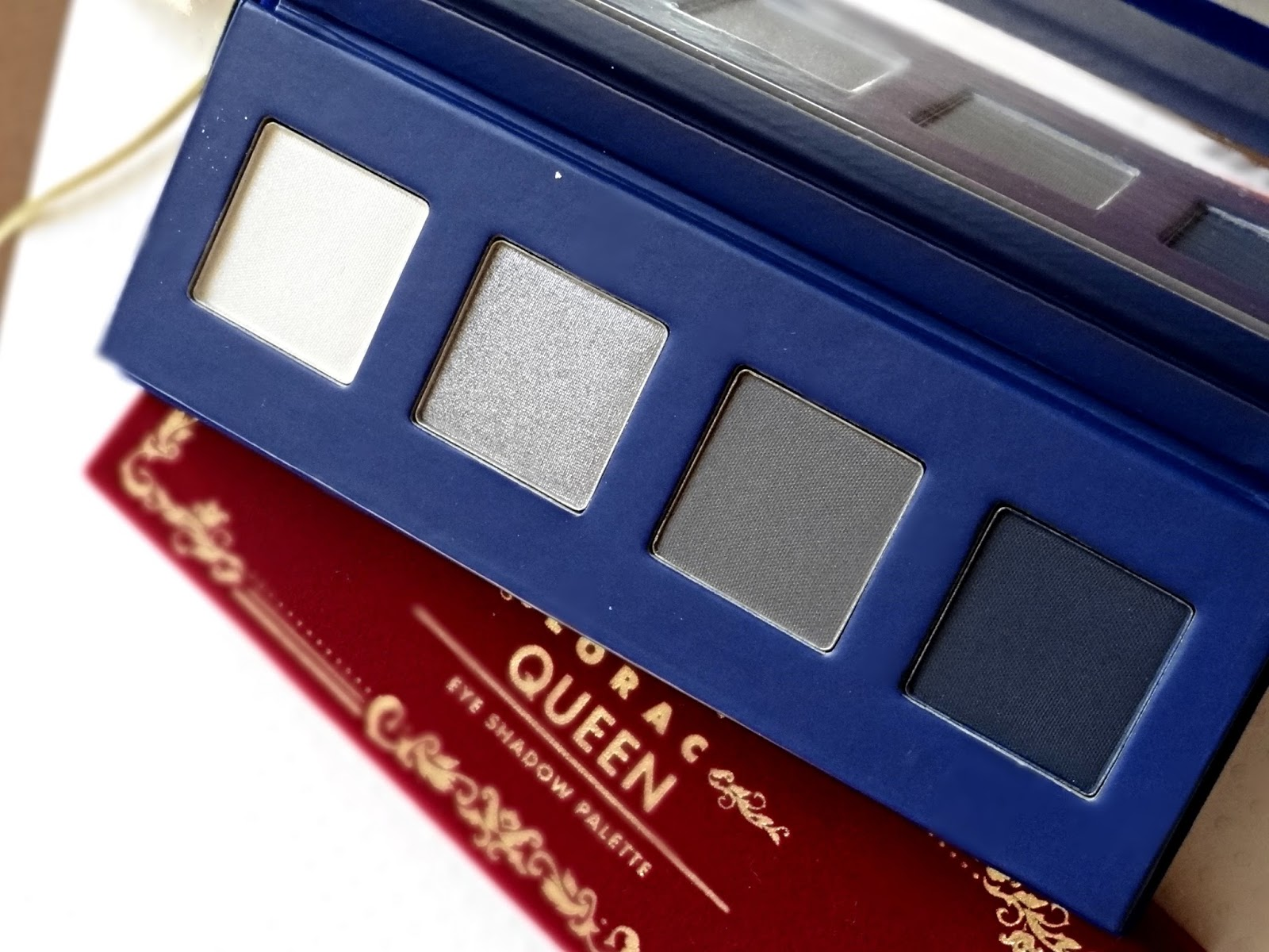 LORAC The Royal Eyeshadow Collection Holiday 2014 Duchess Palette