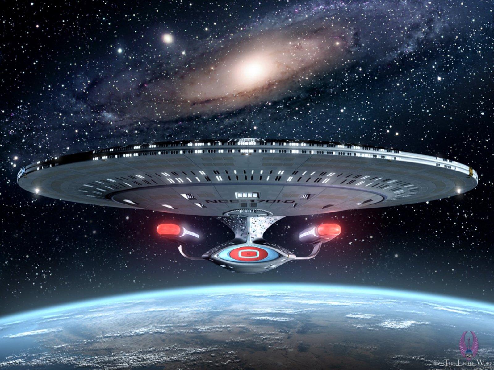http://1.bp.blogspot.com/-e6Ttzmh3Bq8/TW-g3wcQsnI/AAAAAAAAAH4/UQnIhIXQyMY/s1600/19_Star_Trek_Enterprise_NCC1701D_starship_wallpaper_xx.jpg