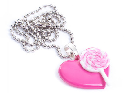 Kawaii Heart & Lollipop Necklace from www.tizzalicious.com