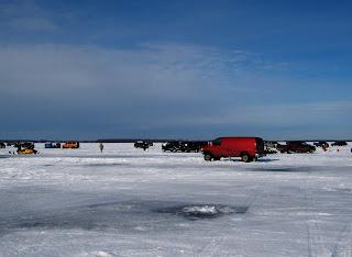 Gator travels jan 27 29 2012 winter camping ice for Wisconsin ice fishing resorts