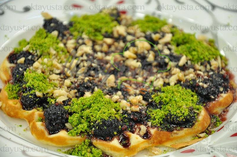 Meyveli Waffle Tarifi Yapımı