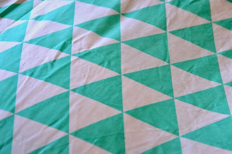 Parure de lit triangle vert pastel 3 suisses