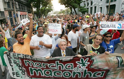 O STF liberou as Marchas  Maconha 2012