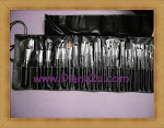 M.A.C Brush Set