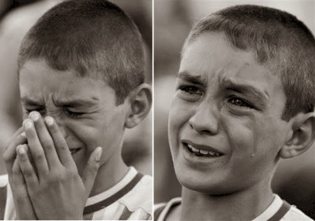 امك تضربك كل يوم و لم تبكي...فما سبب بكائك اليوم