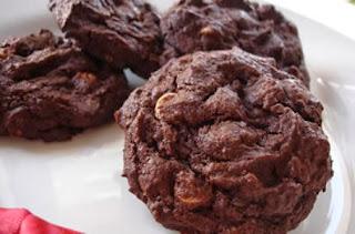 http://resepkue2014.blogspot.com/2014/05/resep-kue-kering-coklat-sederhana.html