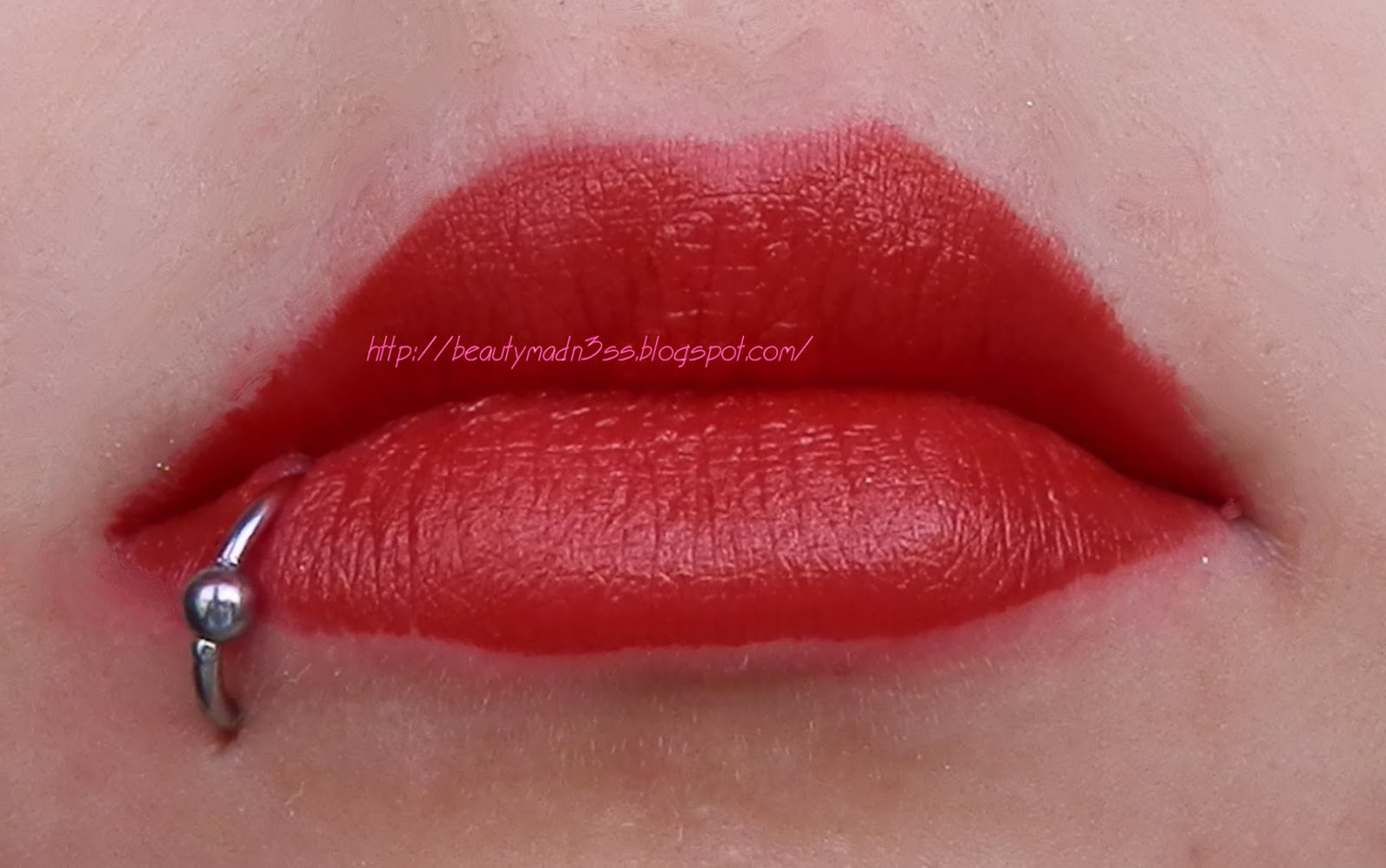 Tarte Glamazon Pure Performance 12-Hour Lipstick Fierce swatch