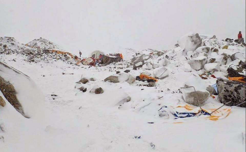 földrengés, Katmandu, Nepál, természeti katasztrófa,