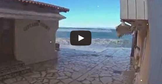 Προβλήματα και πάλι από τη θαλασσοταραχή στον οικισμό του Αγίου Νικήτα -video-