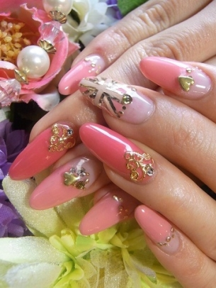 Lush Fab Glam Blogazine Style Me Pretty In Pink Nail Designs