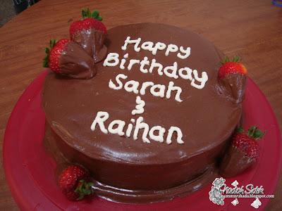 chocolate-covered strawberries cake