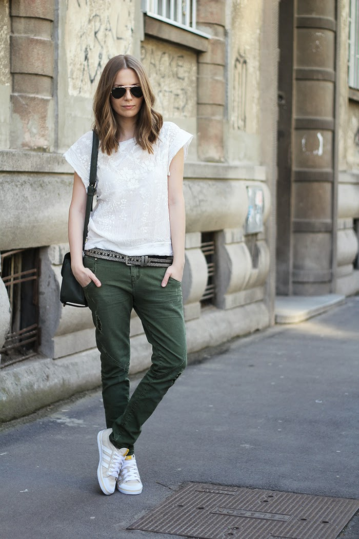 Fashion And Style Baggy Jeans