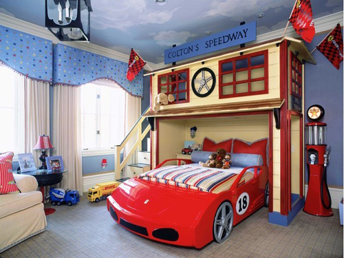 A children room with Car's theme