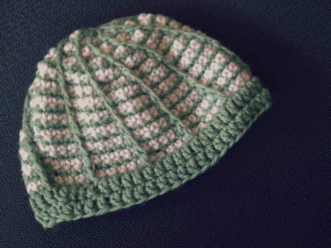 Crochet Newborn Hat from @meetmakelaugh