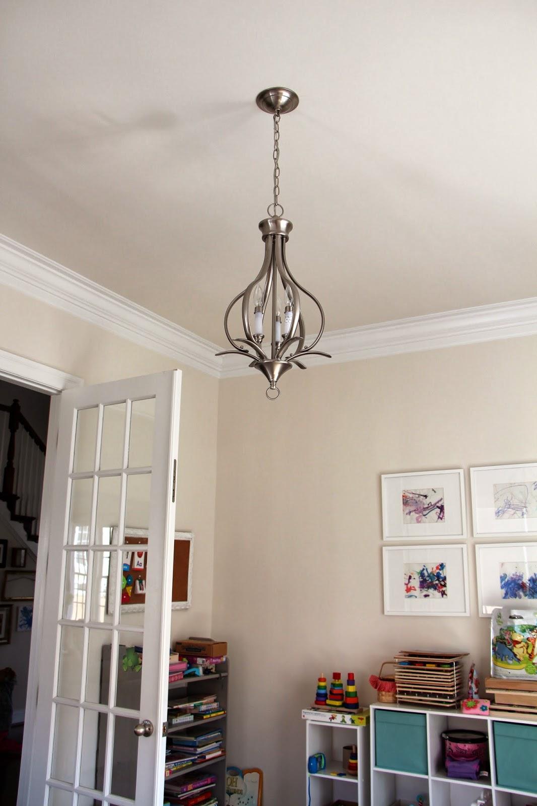 Rachel\'s Nest: New chandeliers