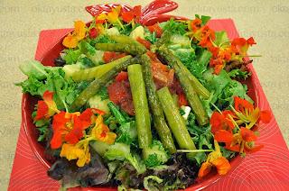 Kuşkonmazlı Patates Salatası Tarifi Kolay Yapımı