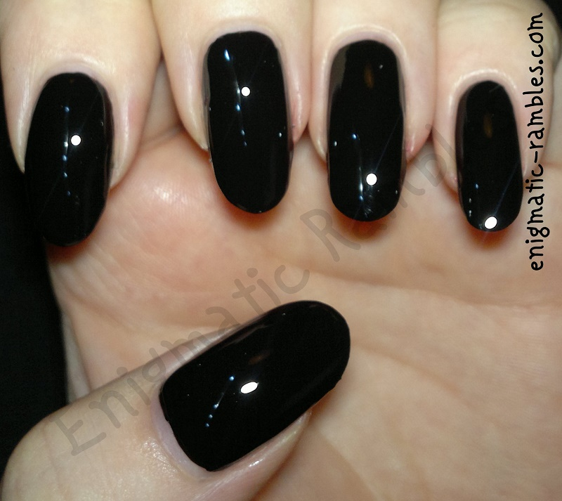Enigmatic Rambles: 31 Day Challenge: Tutorial - Louboutin Nails