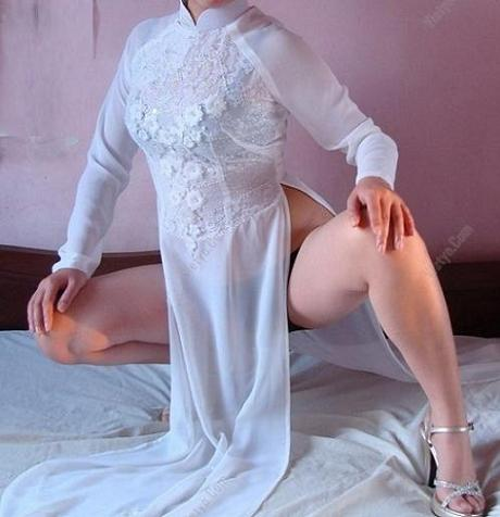 Nữ Sinh Mặc Áo Dài Sexy Siêu Mỏng