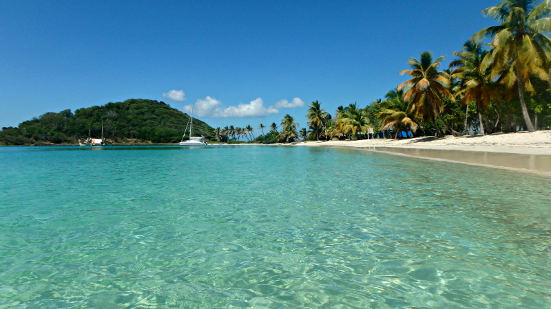 Caribbean Paradise beach on Mayreau in St Vincent and The Grenadines