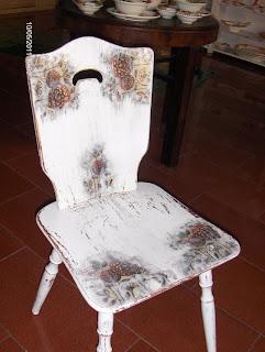 inspiracja jak ozdobić krzesło w stylu vintage