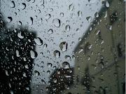 Ci voleva anche la pioggia a rendere tutto ancor più deprimente.