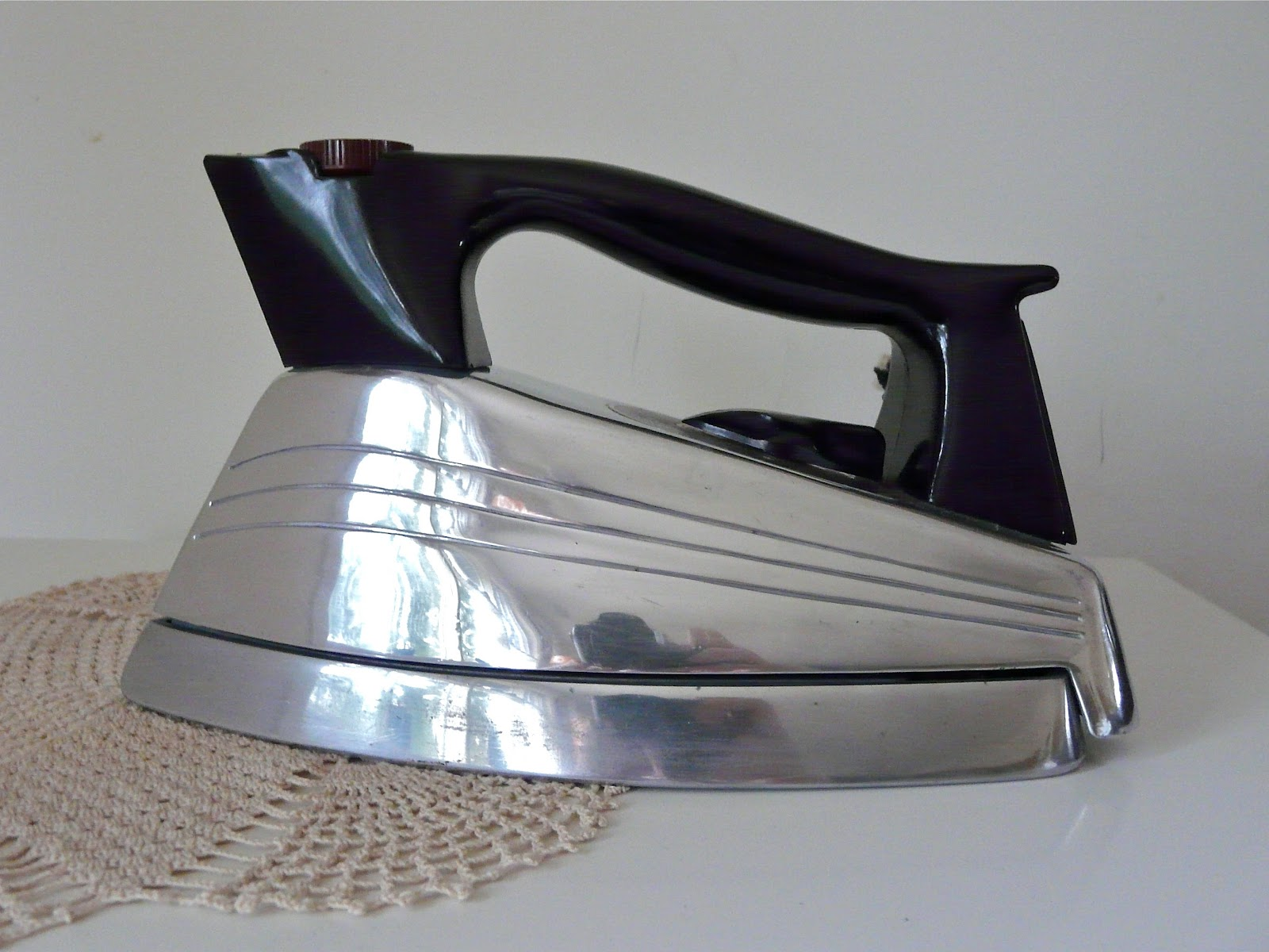 Antique Electric Irons ~ Monitor steam iron vintage electric irons