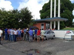 Polícia apura se homofobia motivou espancamento de grupo na Paraíba