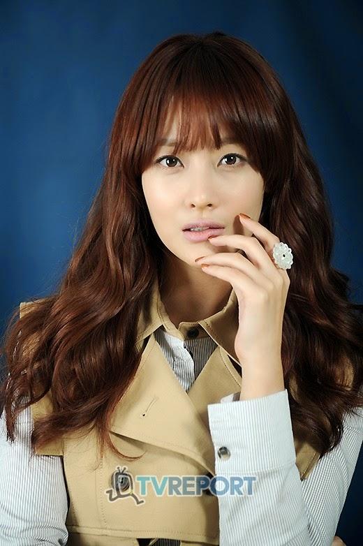 Joo yeonseo and song eunjin nude the sister039s room - 3 7