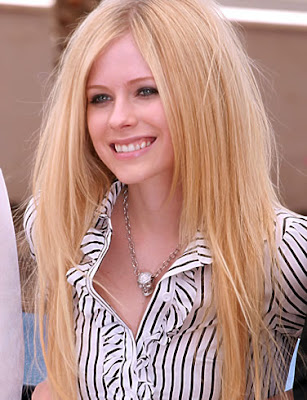 Avril Lavigne Wallpaper 2 by Sugar Spell it outt