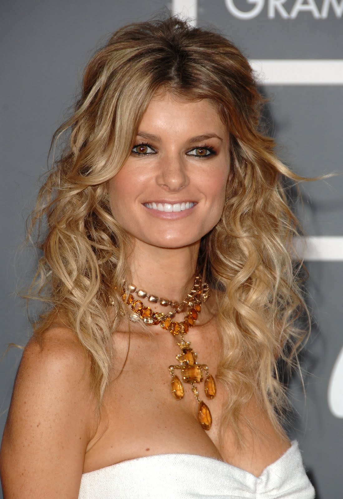 http://1.bp.blogspot.com/-eA34MP79jwY/Tlr6brO2LOI/AAAAAAAABG4/2wfv9RuOZkM/s1600/Marisa_Miller_Actress_Free_Download_High_Resolution_HD_HQ_Desktop_Backgrounds_Face_Wallpapers_21003.jpg