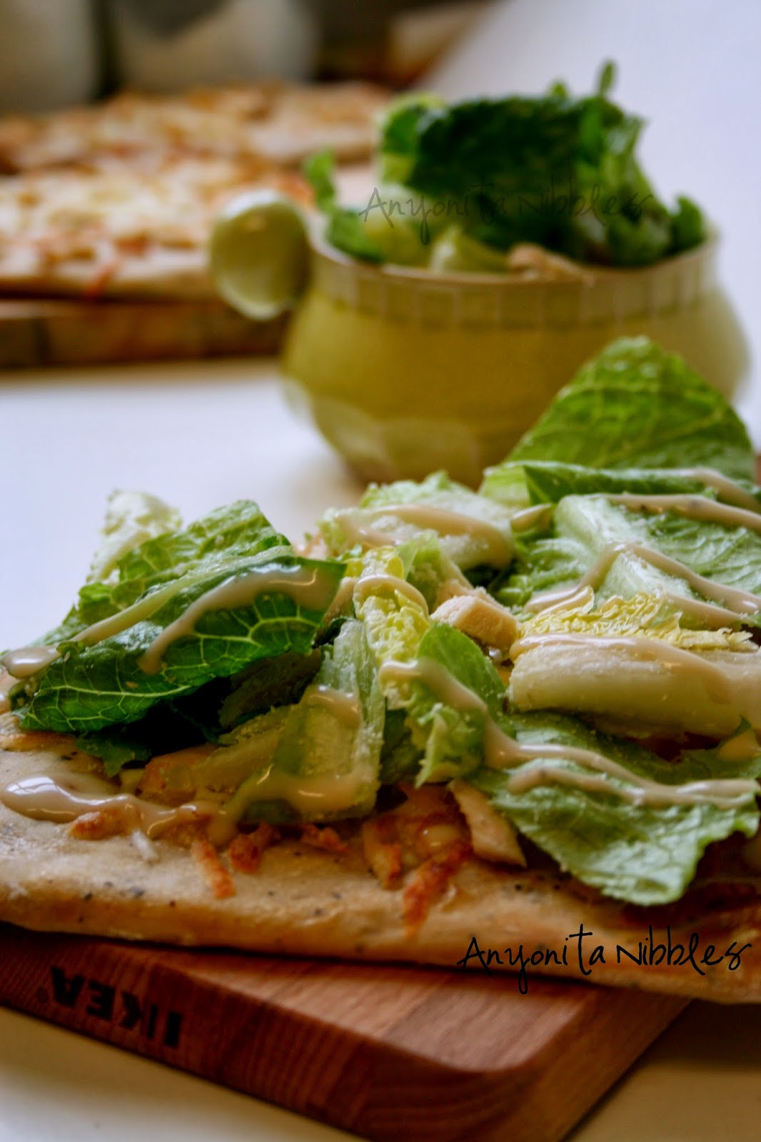 Put your salad on your pizza for an easy, tasty lunch | Anyonita Nibbles