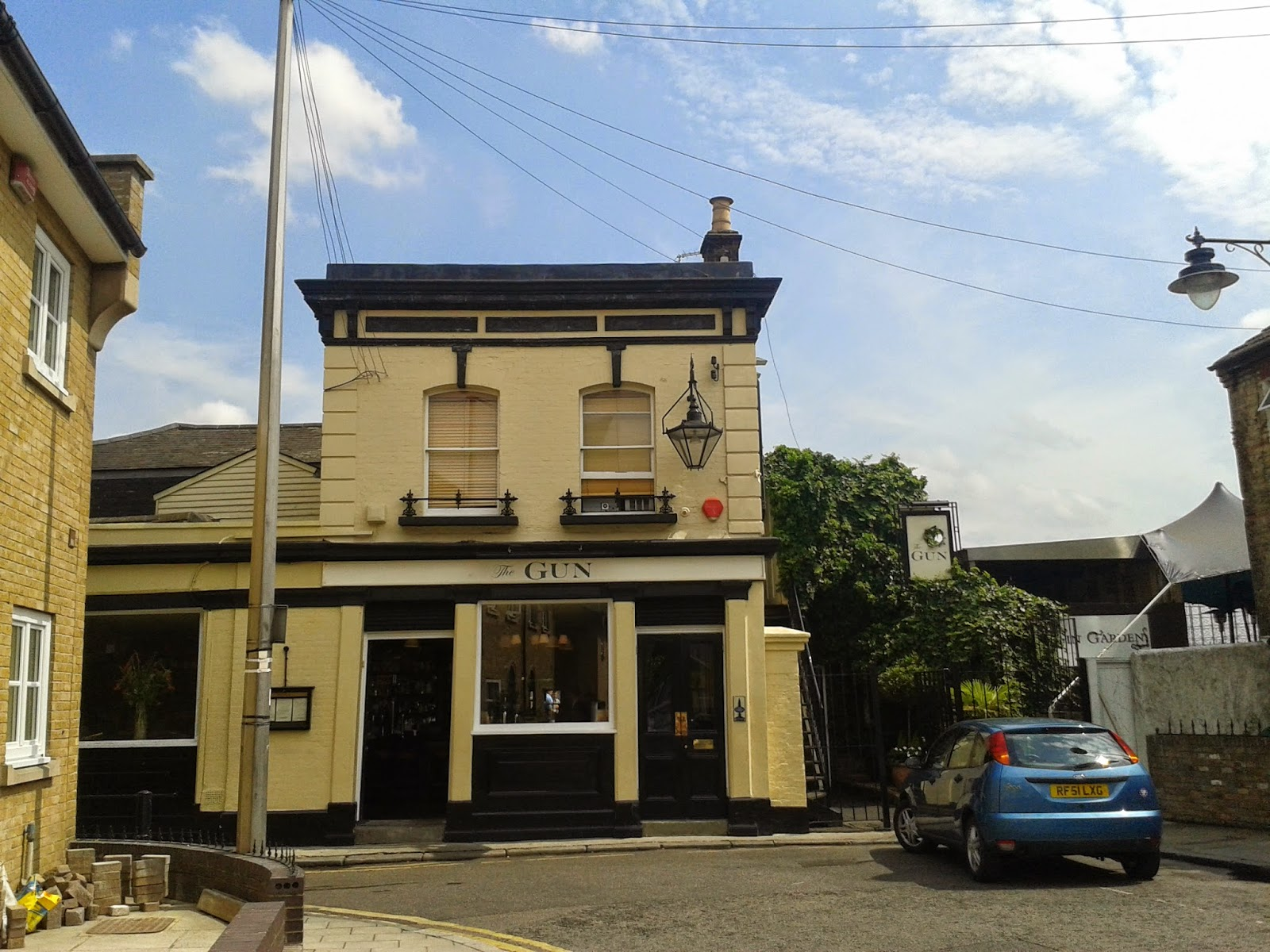 The Gun Docklands Pie Review