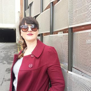 Stacie models Seine Aviator sunglasses from GlassesShop.com