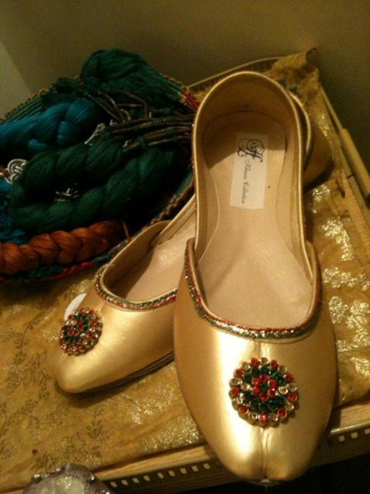 Amazing Womens Maroon Evening Dress Beaded Indian Leather Khussa Shoes PumpsUK
