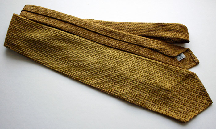 silk knit gold