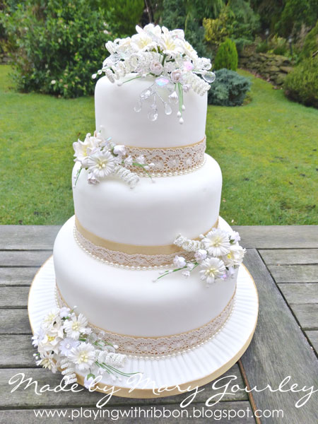 Honey Gold Cream Wedding Cake