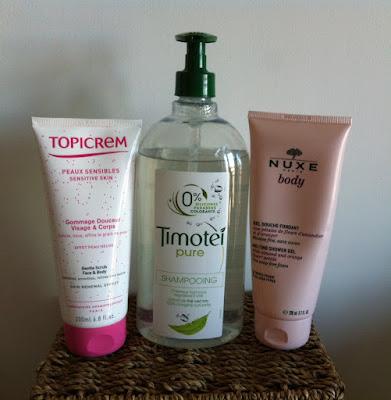 Mes produits chouchous dans ma salle de bain dans la - Produit contre la moisissure salle de bain ...