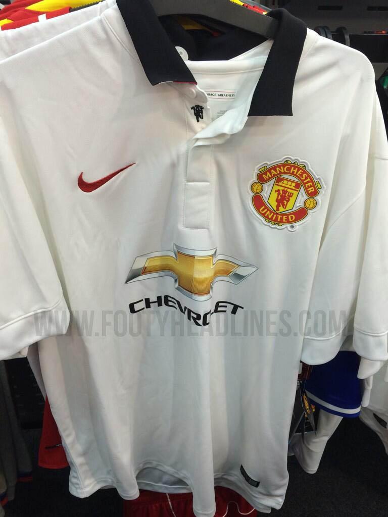 Manchester-United-14-15-Away-Kit+(1).jpg