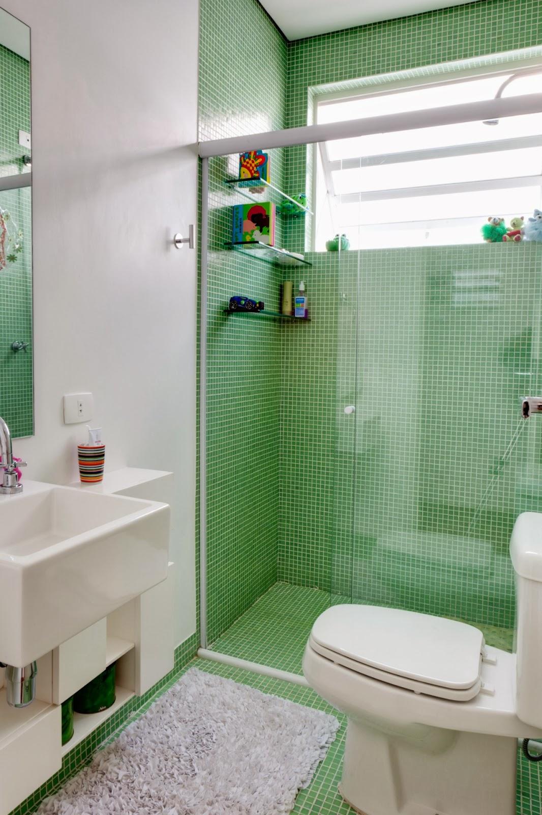 Meu Mini Apê: Inspiração: decoração para banheiros pequenos. #203618 1066x1600 Azulejo Para Banheiro Decorado
