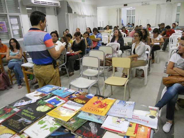 Plan lectura chaco encuentro de formaci n lectora con for Instituto formacion docente