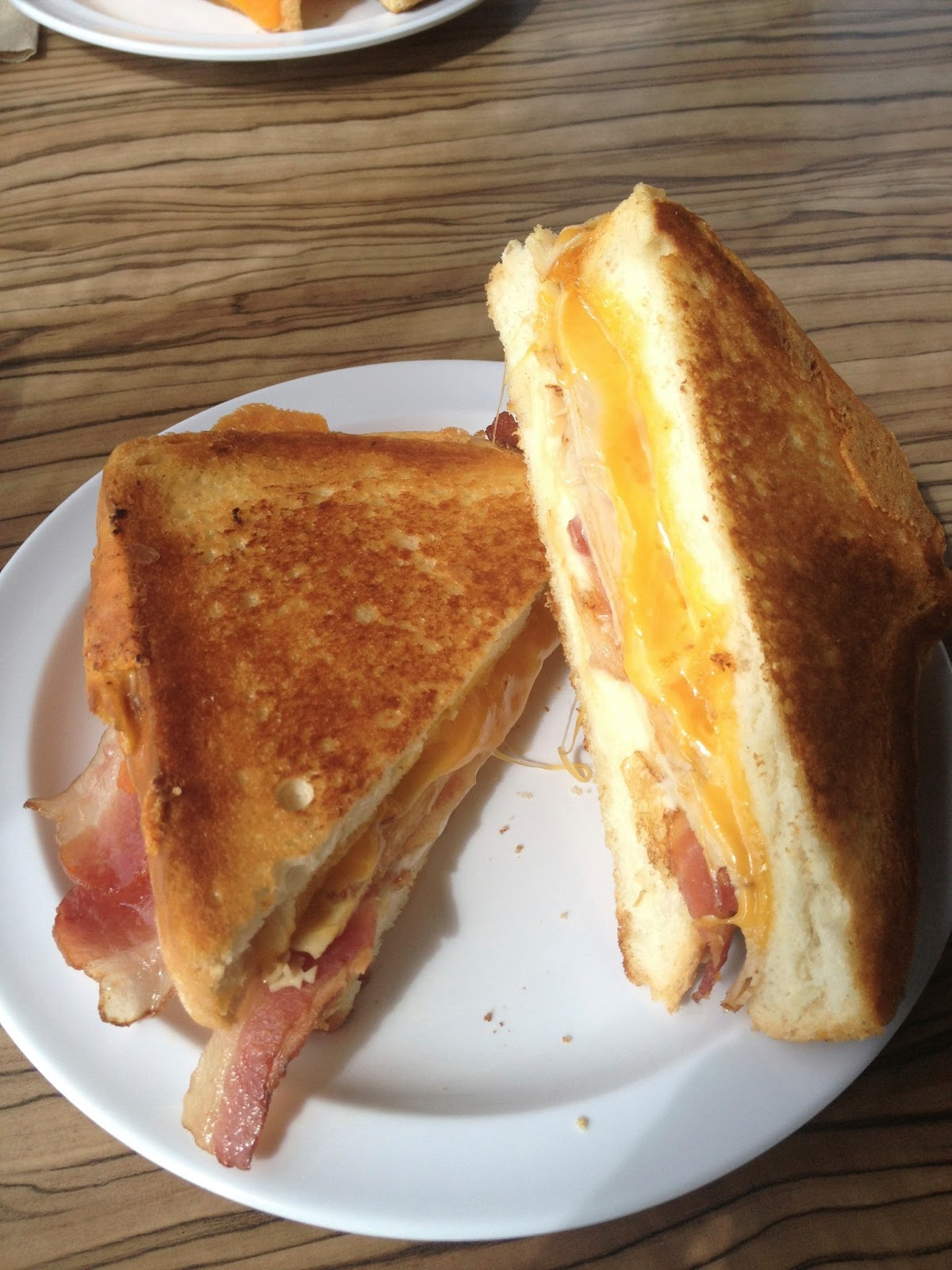 melty way, gourmet grilled cheese, cheese, cheddar cheese, grilled cheese, fast food, restaurant, food chain, american fork