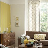 Nuancier Farrow & Ball comprenant des tons chaux, des gris doux et lilas en passant par le spectaculaire et l'étonnant.  Les couleurs combinent élégance intemporelle avec style contemporain.