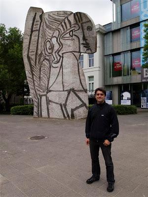 "Escultura ""Sylvette"" en Rotterdam"