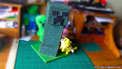 Minecraft Creeper cat scratching post