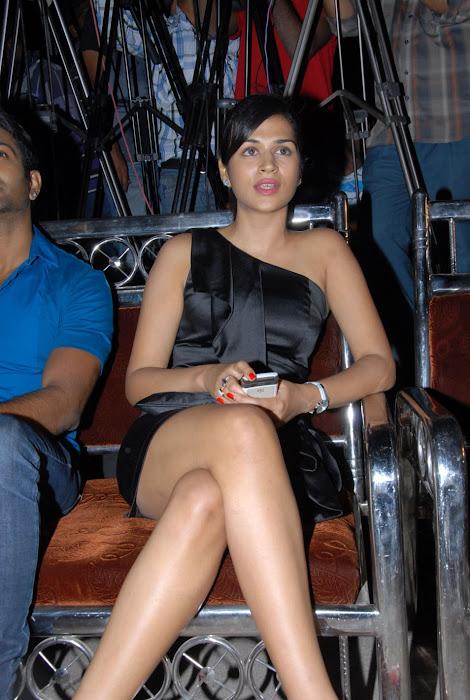 shraddha das new at mem vayasuku vacham movie audio launch photo gallery
