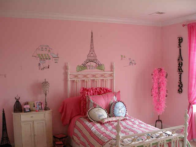 Paris Paris Girls Room